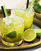 Caipirovka: cocktail of vodka and lime
