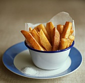 Chips with salt in bowl
