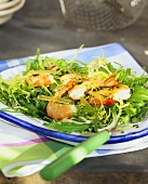 Salad leaves with shrimps and crystallised ginger