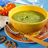 Courgette soup for children