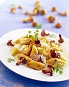 Potato noodles with chanterelles