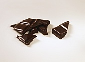 Bitter chocolate in pieces