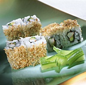 California-Roll (Ura-Maki-Sushi)