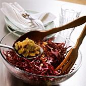 Red cabbage salad with raisins