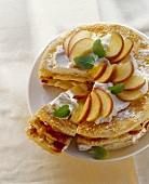 Puff pastry apple cake with cream