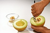 Deseeding a Galia melon