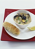 Fennel soup with mussels