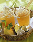 Melon juice with deep-fried rice noodles