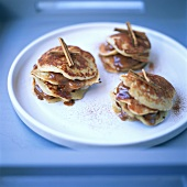 Quark pancakes with cinnamon filling