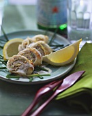Sole rolls in lemon sauce