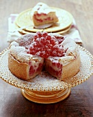 Trübelichueche (Redcurrant cake with meringue, Switzerland)