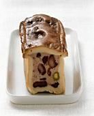 Meat pie with pistachios