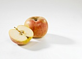 Whole apple and half apple (Freiherr von Berlepsch)