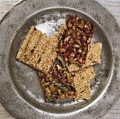 Sesame and pistachio praline with honey