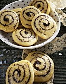 Poppy seed snails for Christmas