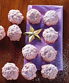 Almond and cherry macaroons for Christmas