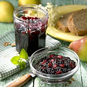 Elderberry jelly with pear