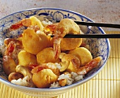 Shrimps in batter with cashew nuts and rice (China)