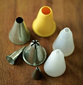 Various icing nozzles