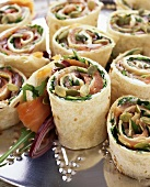 Wraps filled with smoked salmon and pumpkin seeds