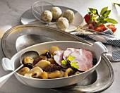 Schlesisches Himmelreich (Smoked pork loin with dried fruit)