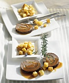 Roast beef roll with rosemary potatoes