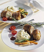 Belly pork roulades with mashed potato