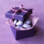 Sugared almonds to give as a gift