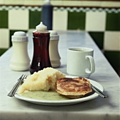 Pie and mash (Minced beef pie with mashed potato, England)