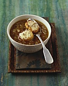 Onion soup with cheese baguettes (Alsace, France)