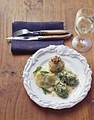 Bacon- & spinach dumplings, Schlutzkrapfen (pasta parcels) S. Tyrol, Italy