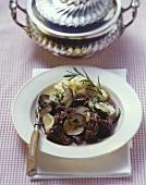 Spezzatino di selvaggina ai porcini (Venison goulash with ceps)