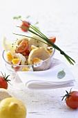 Artischockensalat mit Ei, Tomaten und Schnittlauch