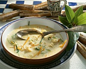 Vegetable soup with razor clams