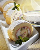 Rhubarb and kiwi fruit roulade with icing sugar