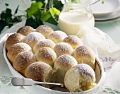 Dukatbuchteln (baked yeast dumplings), zabaglione sauce