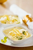 Lemon soup with rice and coriander leaves (Greece)
