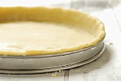 Pastry case in tart tin
