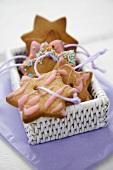 Cinnamon stars in white basket