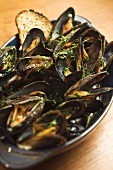 Zuppa di cozze (Steamed mussels with toast, Italy)