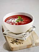 Beetroot soup with sour cream