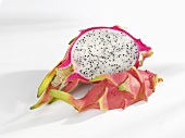 Pitahaya (half and quarter)