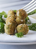 Chicken soya balls with herbs