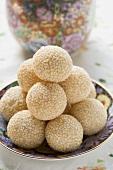 Sweet sesame balls (China)