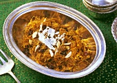 Sewain ka muzaffar (Fried noodles with raisins, India)