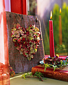 Herz aus getrockneten Hortensienblüten
