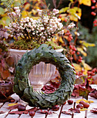 Wreath of ivy leaves on straw base
