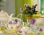 Zuckerdose dekoriert mit Frühlingsblumen