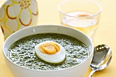Nettle soup with boiled egg