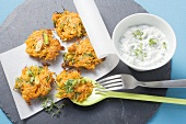 Carrot röstis with herb sour cream
